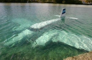 Avion sous-marin